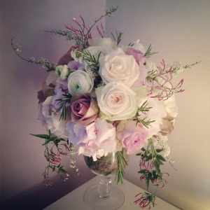 Fragrant muted table centre